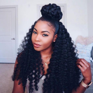 Channel your inner grace with this elegant ponytail idea
